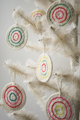 Crochet-Candy-Ornaments-600-10